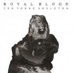 Из тьмы. Видео Royal Blood про войну с инопланетными захватчиками в рамках придорожной забегаловки.