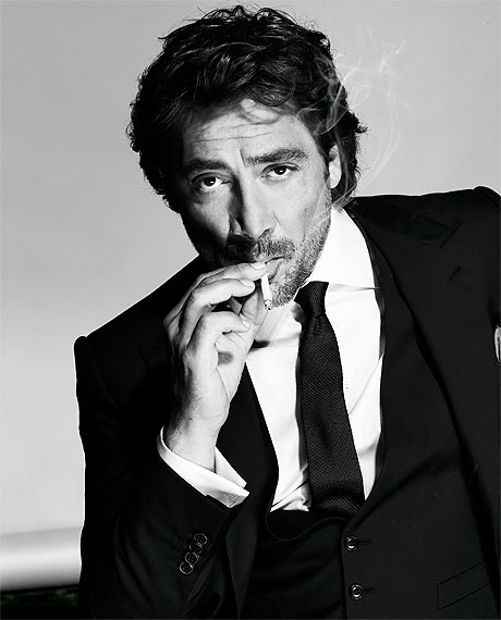 javier-bardem-smoking-cover-1010-lg